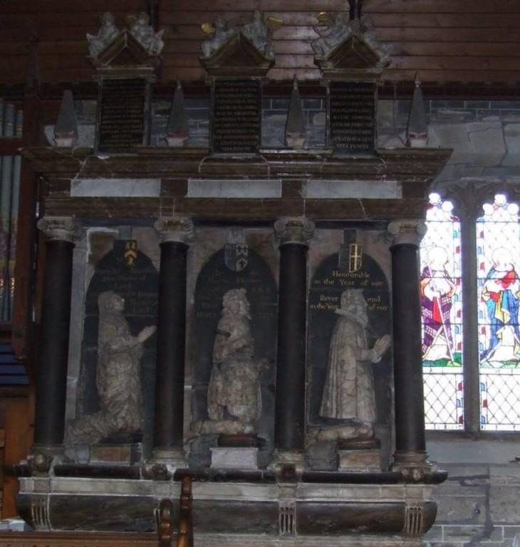 harris-monument1
